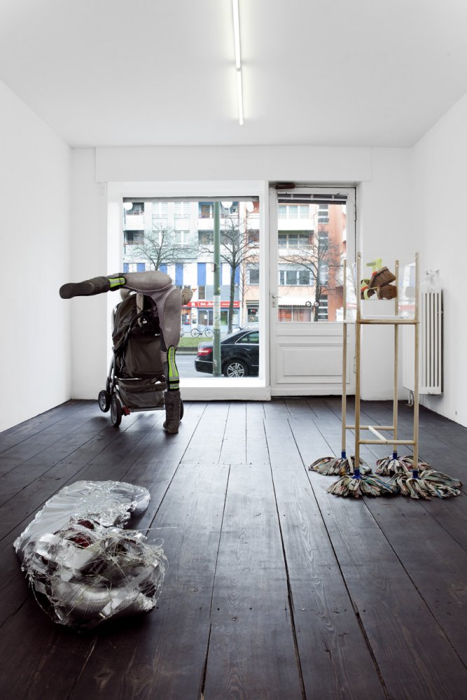 Install view. Courtesy Sandy Brown, Berlin.